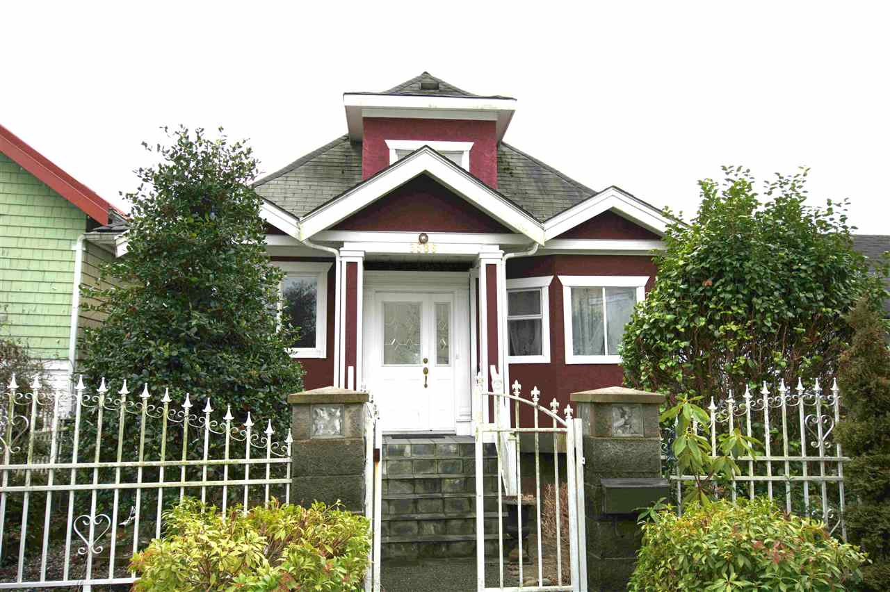 3586 FRANKLIN Hastings East, Vancouver (R2222840)