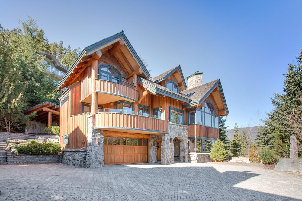 3410 BLUEBERRY DRIVE, Whistler