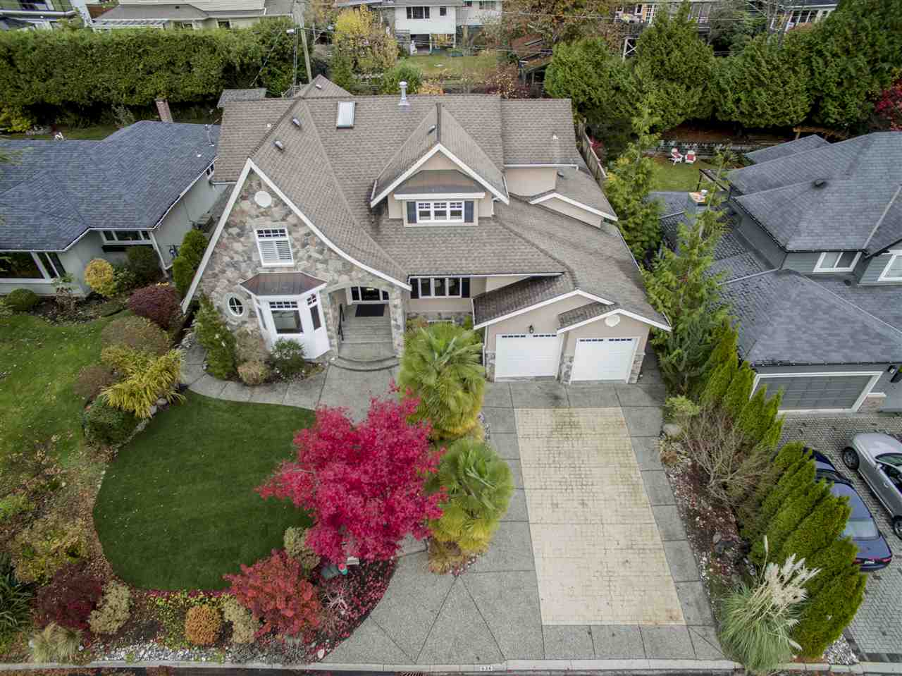 936 FOREST HILLS Edgemont, North Vancouver (R2223519)