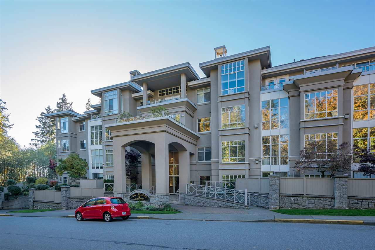 317 630 ROCHE POINT DRIVE, North Vancouver