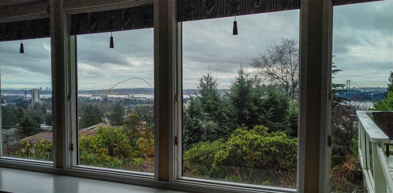 825 8TH Sentinel Hill, West Vancouver (R2225655)