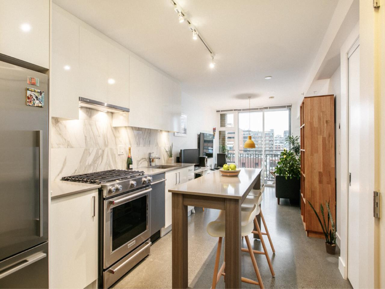 605 231 E PENDER STREET, Vancouver