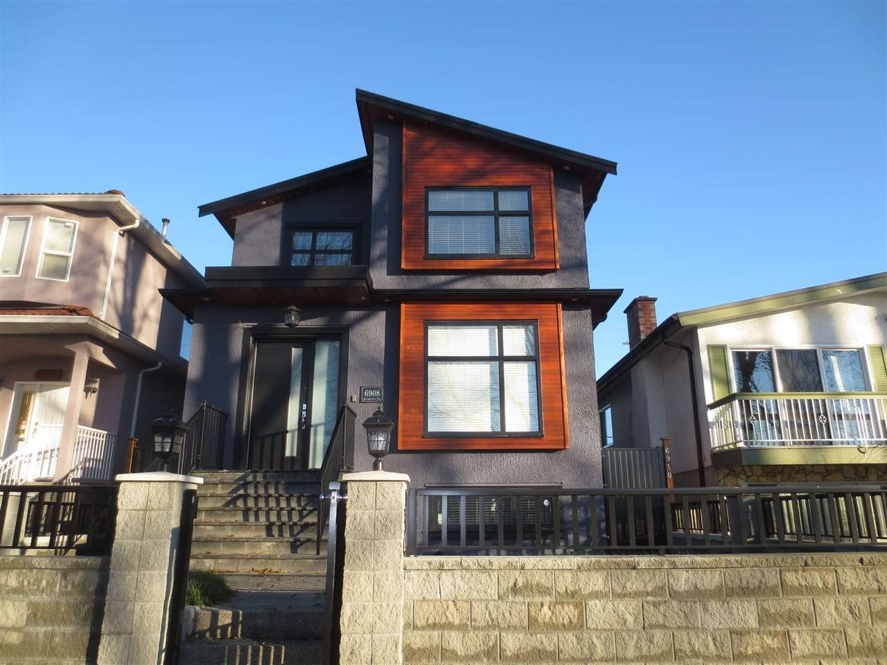 6908 BEATRICE Killarney VE, Vancouver (R2226603)