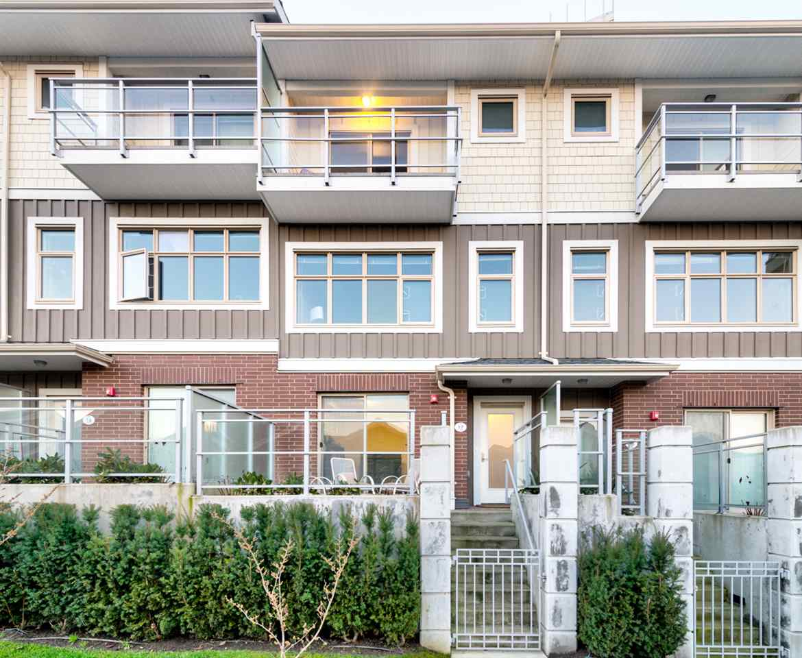 TH17 271 FRANCIS WAY, New Westminster