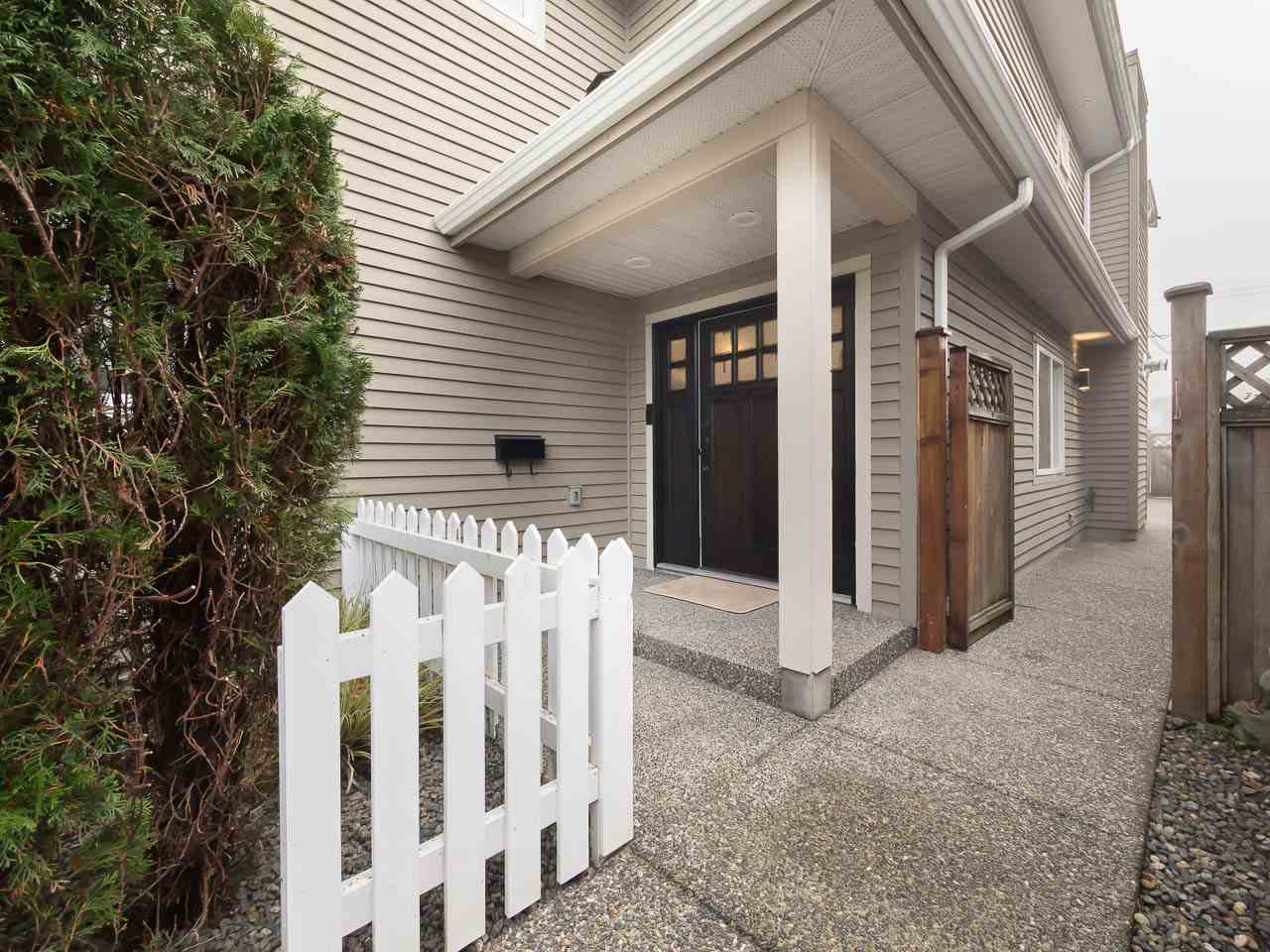 245 W 19 STREET, North Vancouver