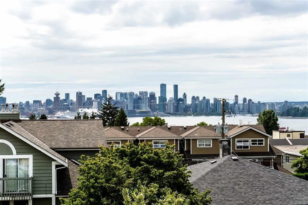 210 W 5TH STREET, North Vancouver