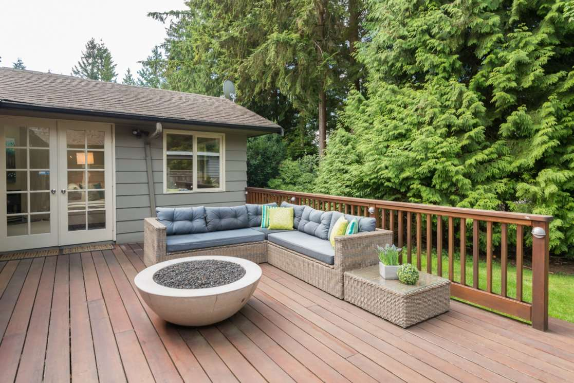 3885 HILLCREST Edgemont, North Vancouver (R2228136)