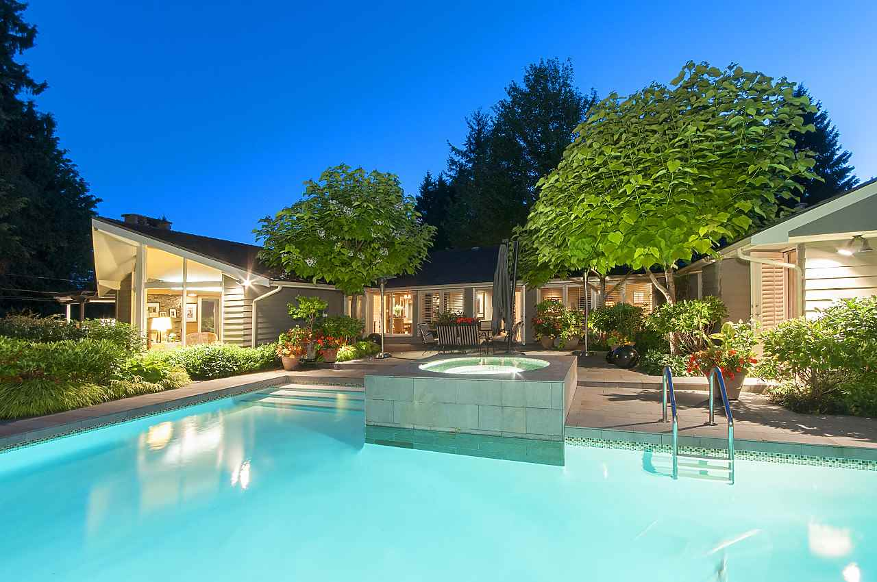 580 SOUTHBOROUGH British Properties, West Vancouver (R2229584)