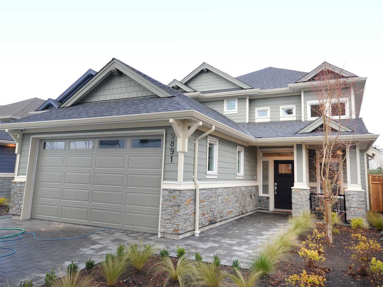 9891 PATTERSON West Cambie, Richmond (R2230266)