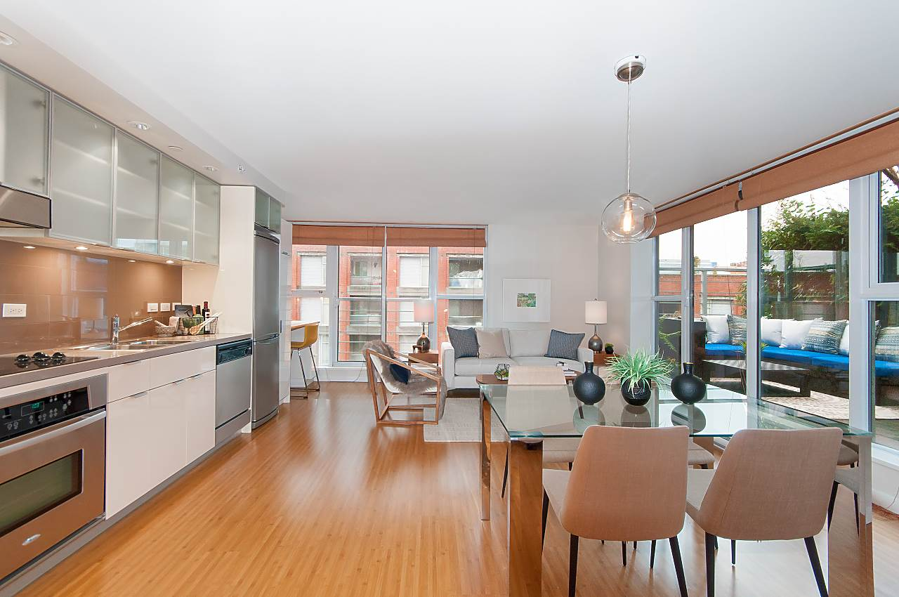 707 168 POWELL STREET , Vancouver, BC V6A 0B2