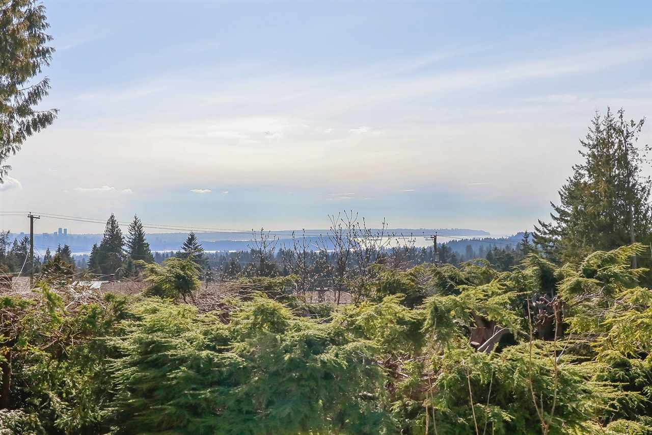 701 BLUERIDGE Canyon Heights NV, North Vancouver (R2232460)
