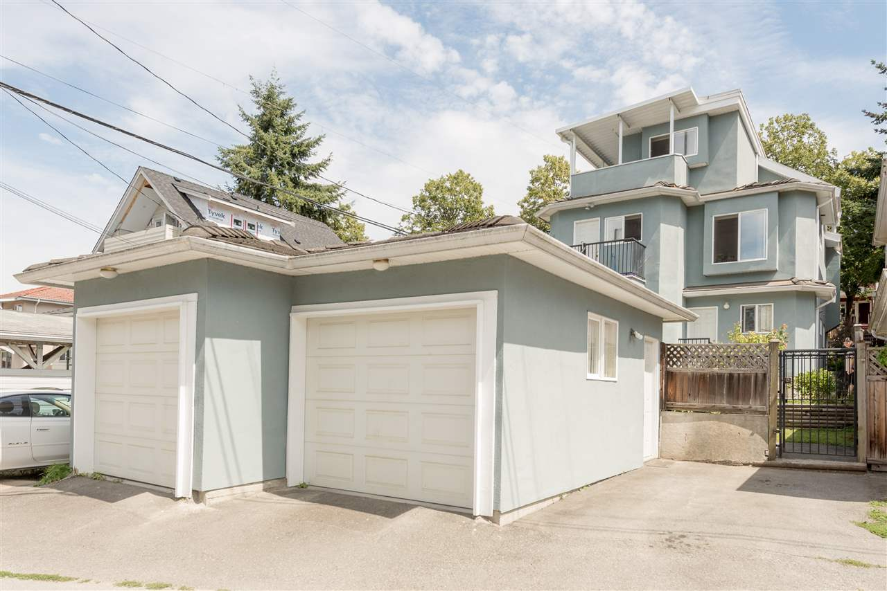 5511 DUNDEE Collingwood VE, Vancouver (R2236245)