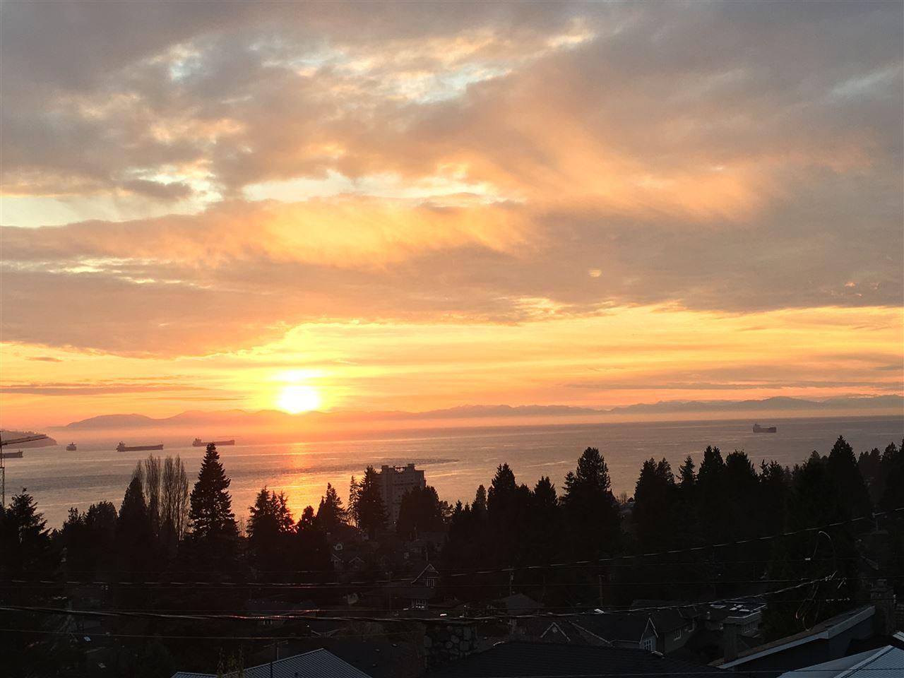 1380 21ST Ambleside, West Vancouver (R2236300)