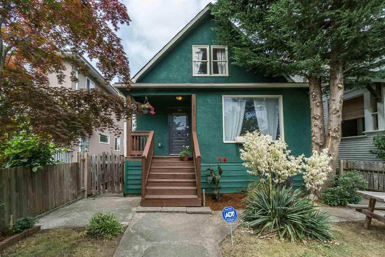 869 E 13TH Mount Pleasant VE, Vancouver (R2242982)