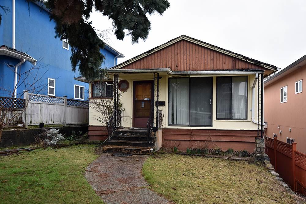 1661 E 35TH Knight, Vancouver (R2243792)