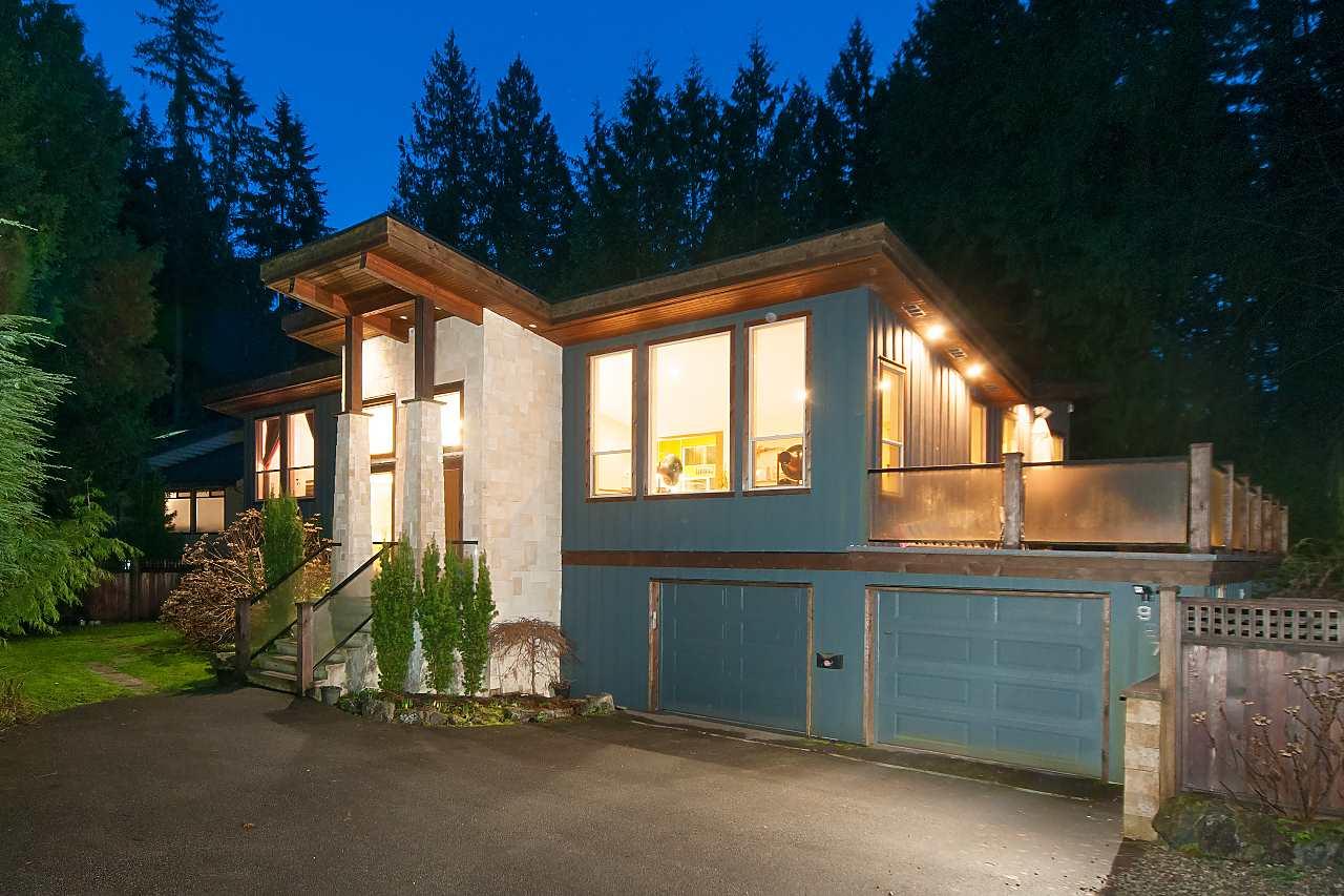 927 HENDECOURT Lynn Valley, North Vancouver (R2244042)