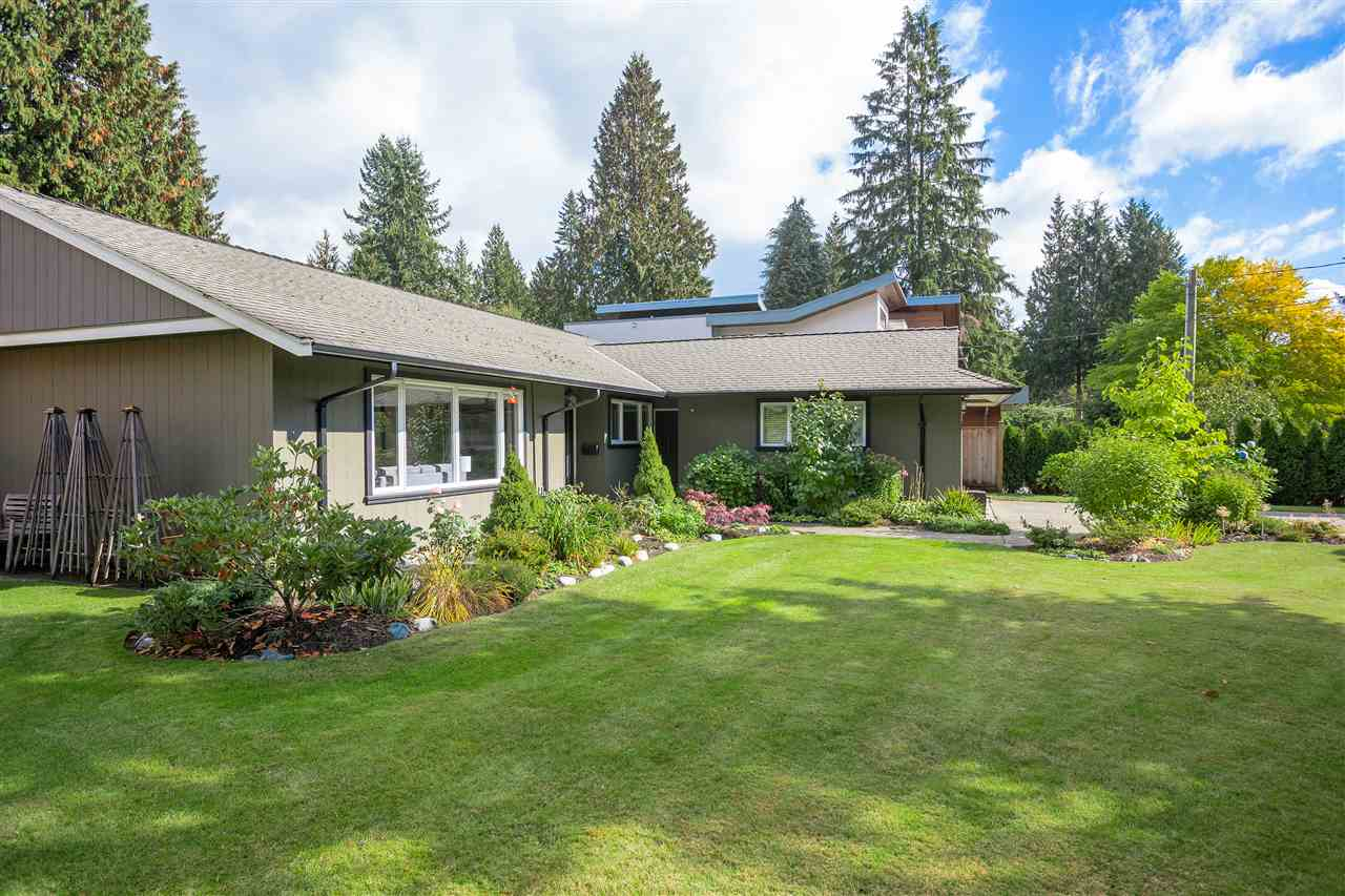4216 PELLY Canyon Heights NV, North Vancouver (R2245316)