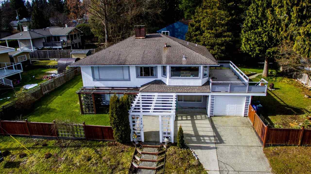 715 HUNTINGDON Dollarton, North Vancouver (R2245531)