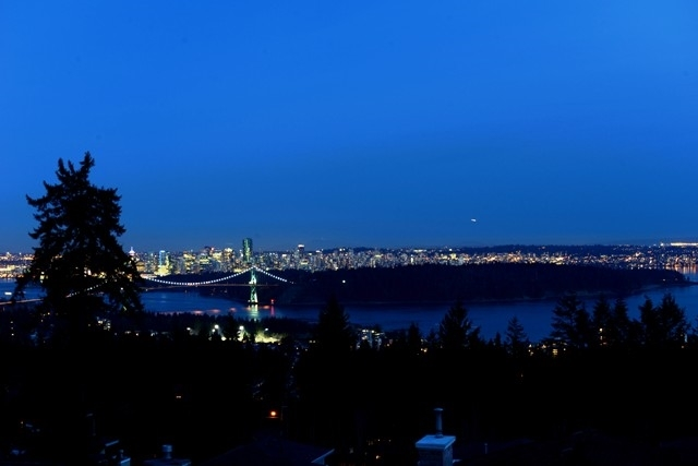 1576 CAMELOT Chartwell, West Vancouver (R2245849)