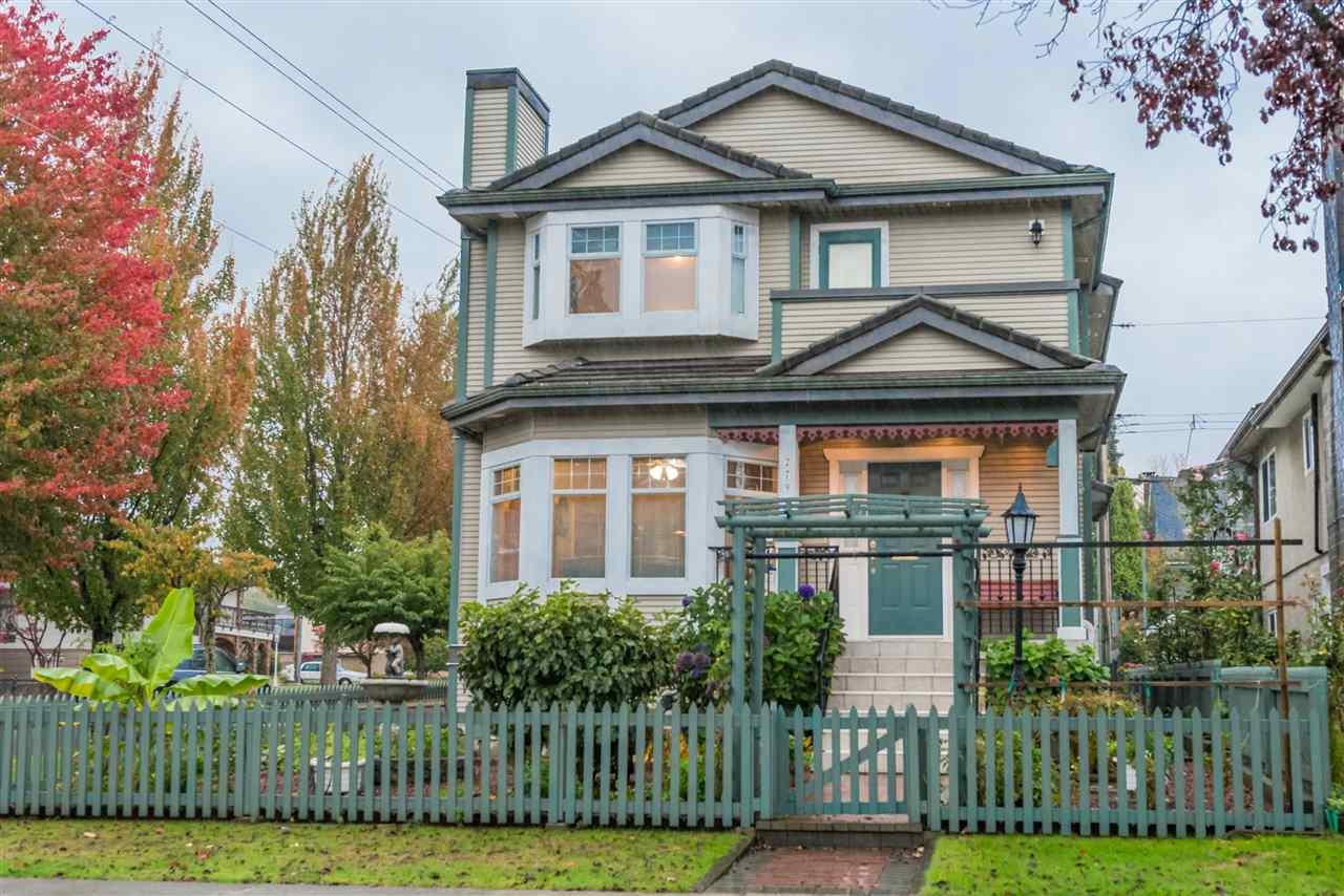 2796 NAPIER Renfrew VE, Vancouver (R2247004)