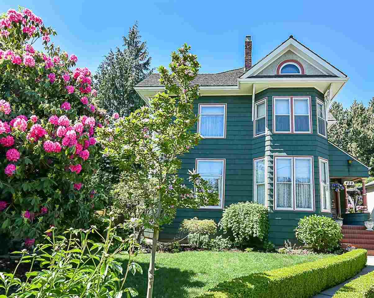 428 FOURTH Queens Park, New Westminster (R2247495)