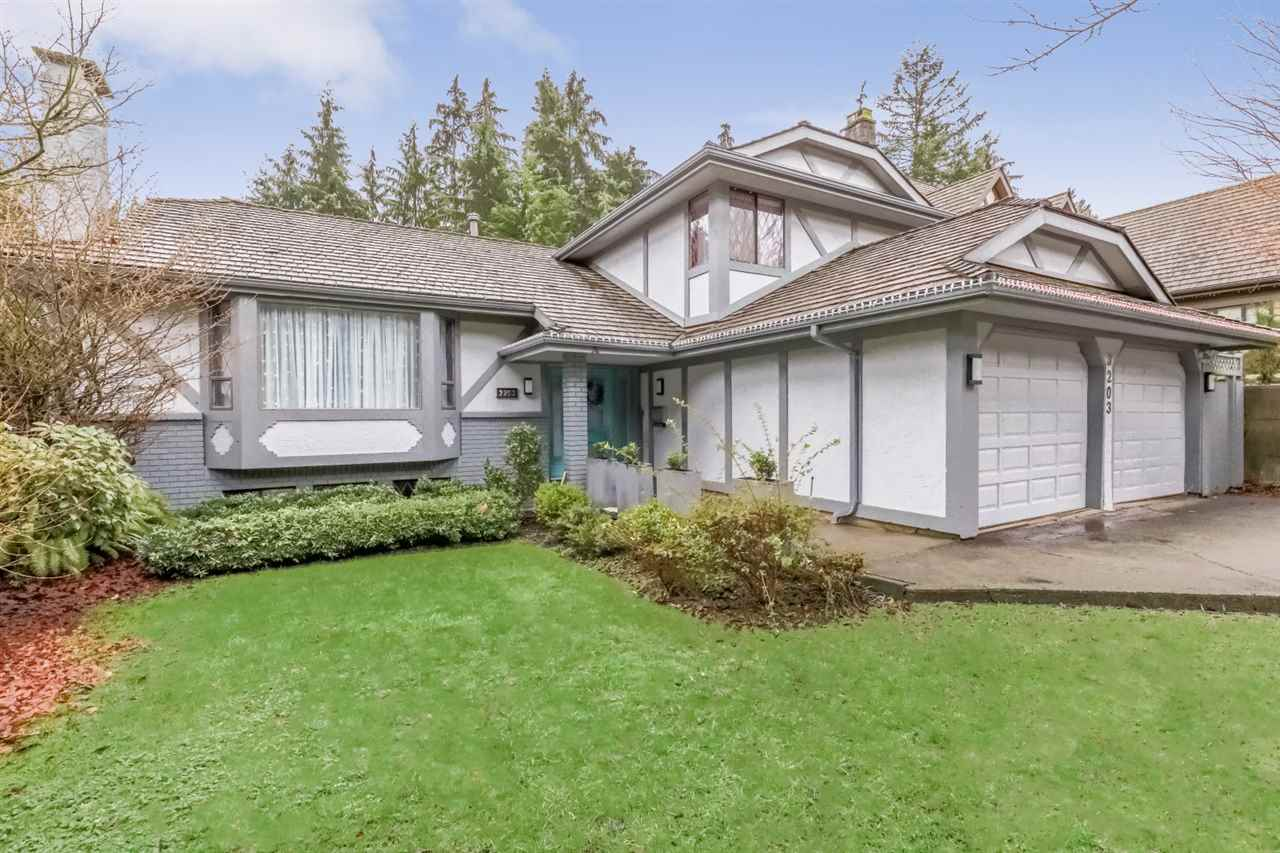 3203 HUNTLEIGH Windsor Park NV, North Vancouver (R2248537)