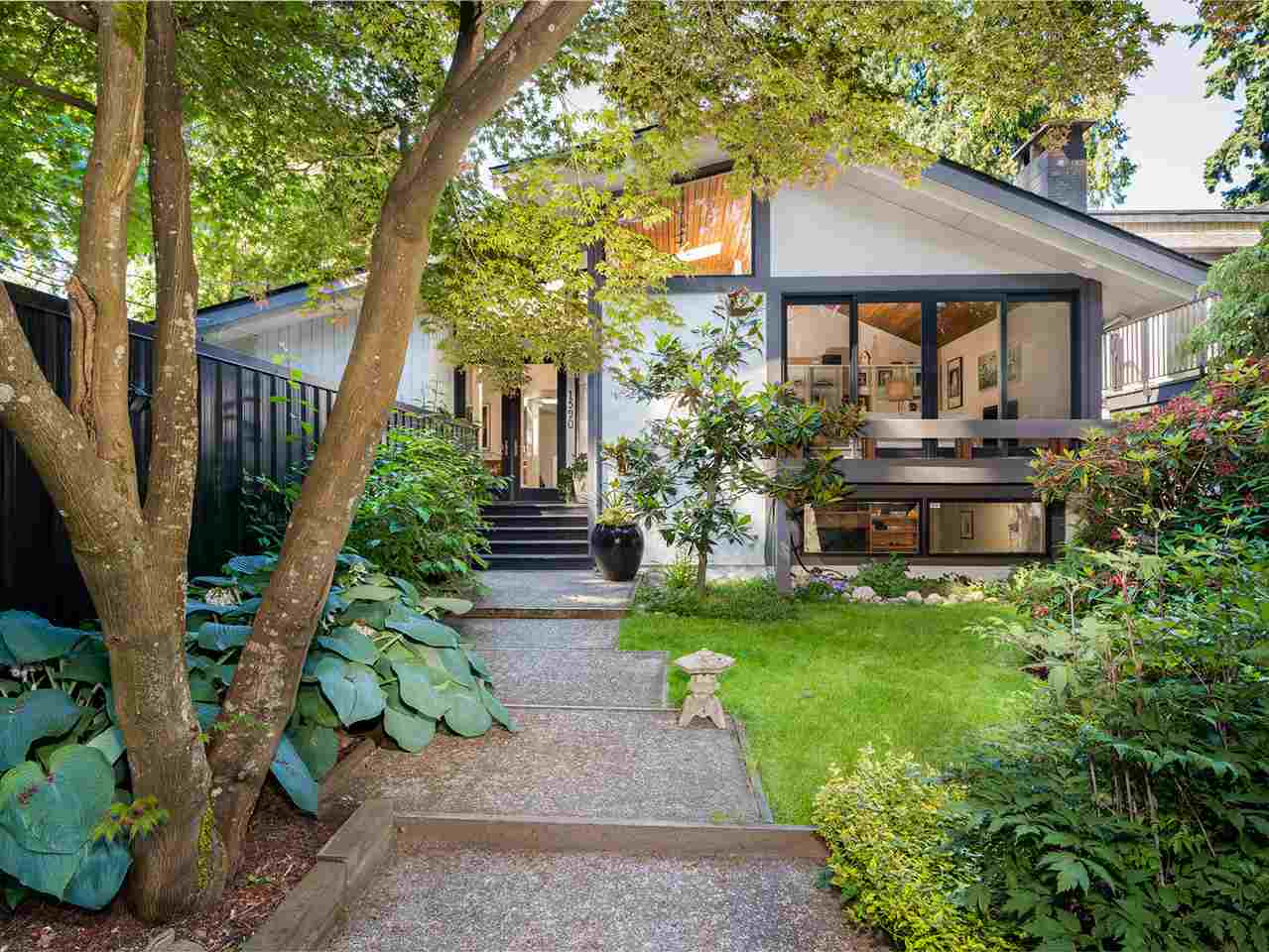 1590 GRAVELEY Pemberton Heights, North Vancouver (R2250882)