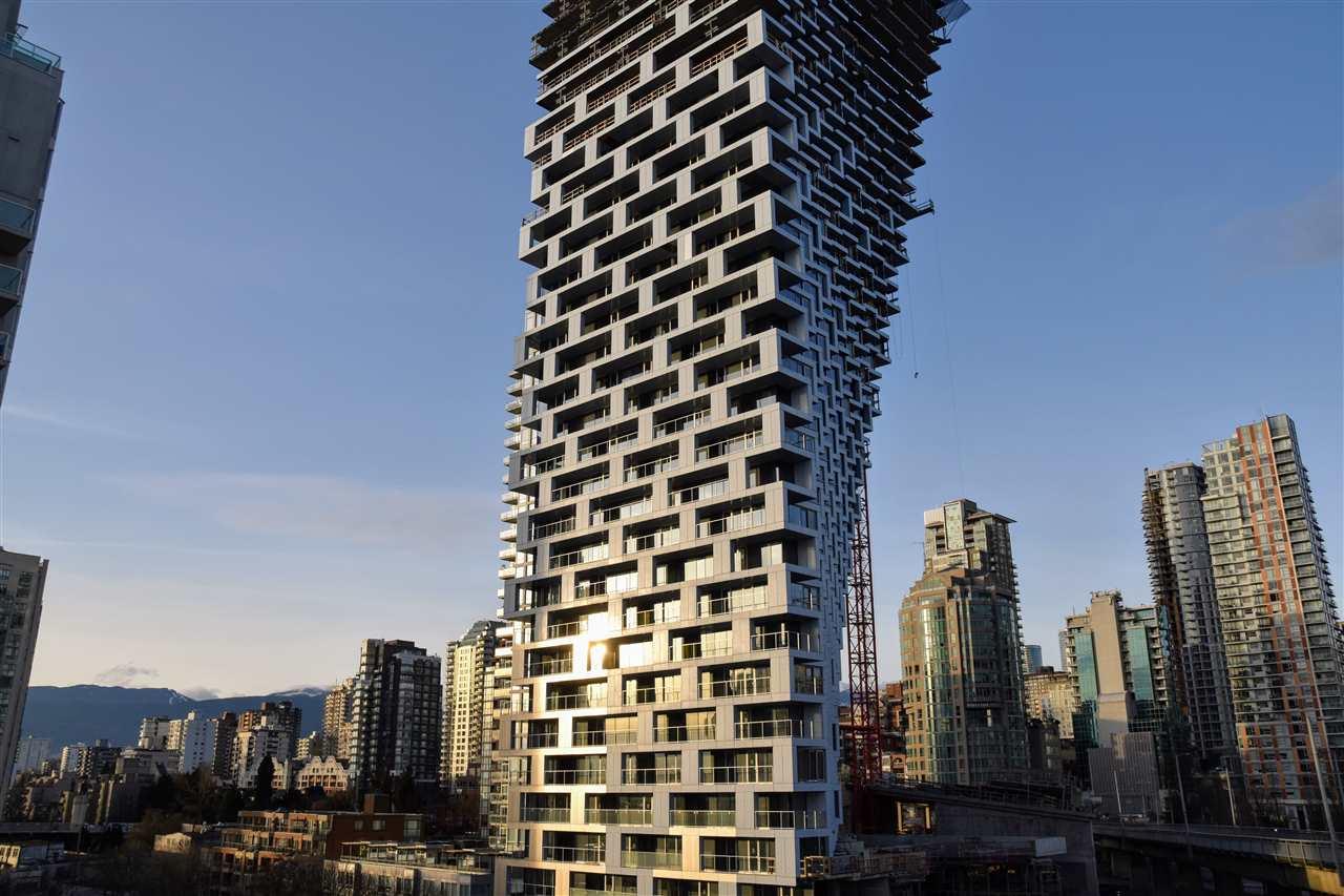 5701 -  1480 HOWE #5701 Yaletown, Vancouver (R2253109)
