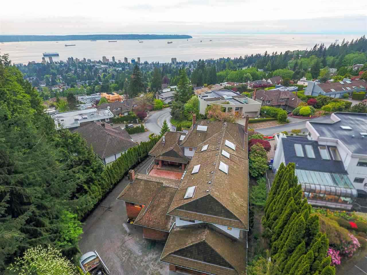 2366 WESTHILL Westhill, West Vancouver (R2253262)
