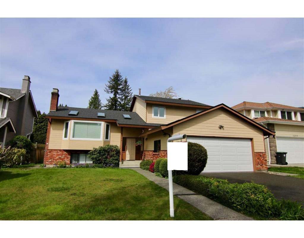 3295 BERMON Lynn Valley, North Vancouver (R2256344)