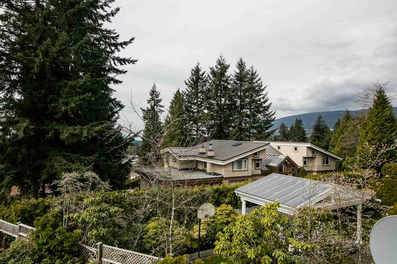 4287 MADELEY Upper Delbrook, North Vancouver (R2256759)