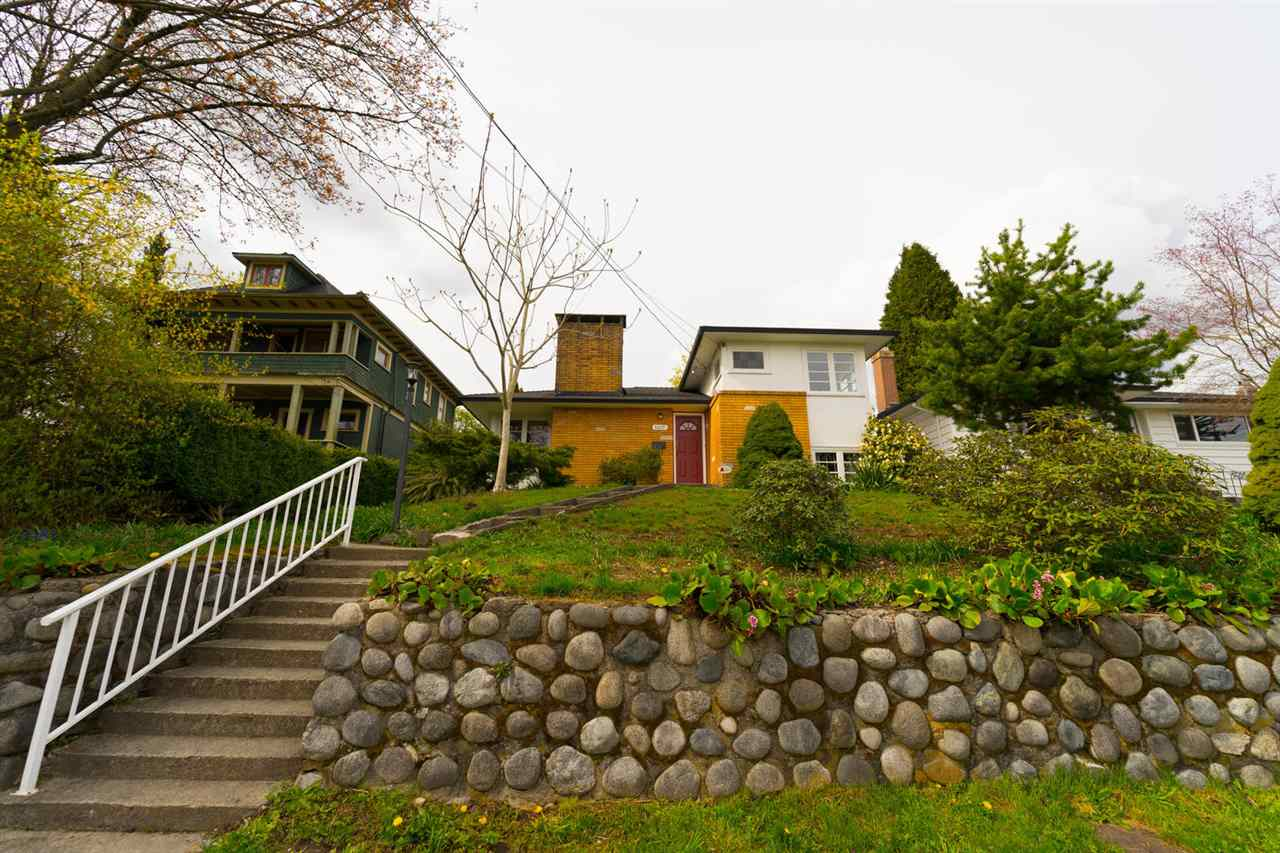 1407 SEVENTH West End NW, New Westminster (R2258316)