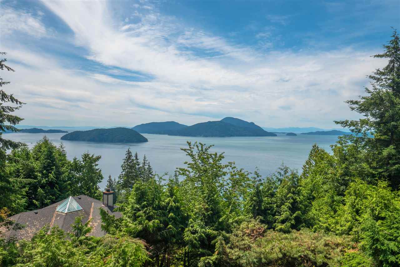 190 MOUNTAIN Lions Bay, Lions Bay (R2259180)