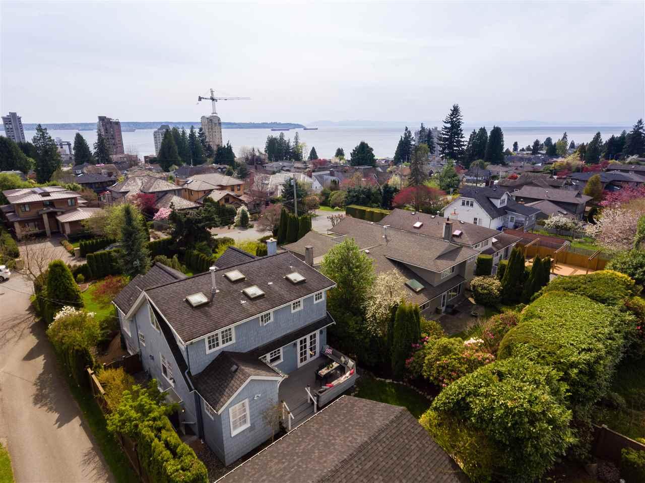 2221 INGLEWOOD Dundarave, West Vancouver (R2261329)