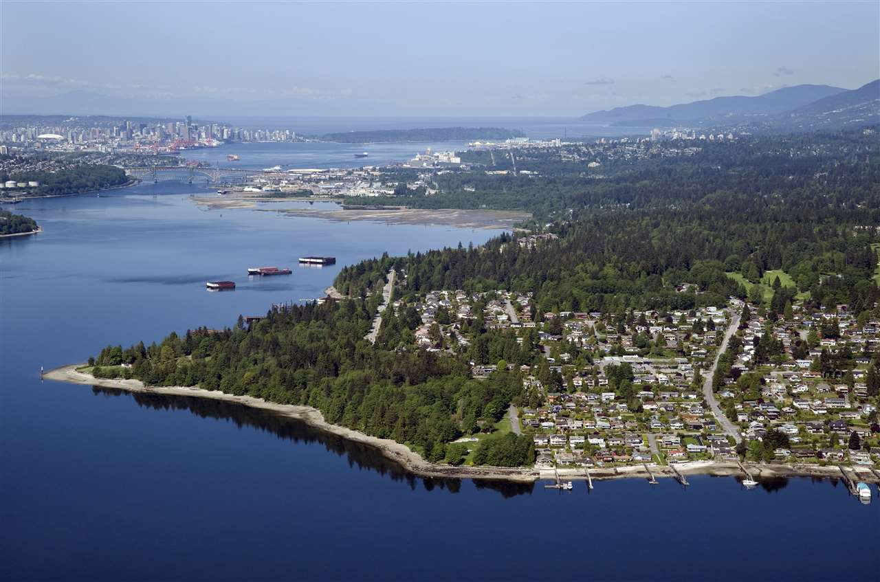 389 BEACHVIEW Dollarton, North Vancouver (R2264059)