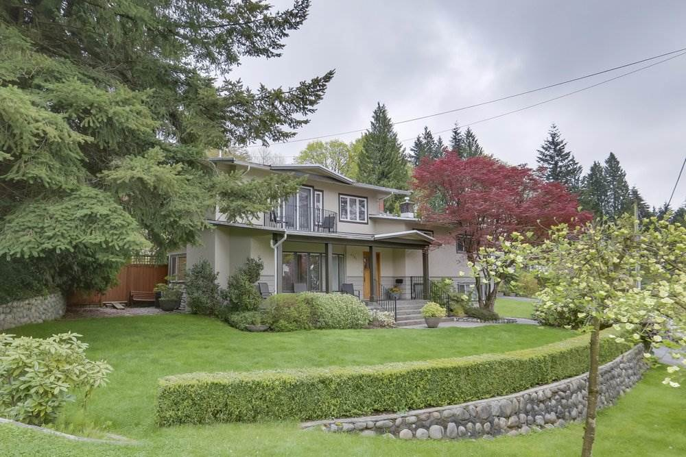 4792 CEDARCREST Canyon Heights NV, North Vancouver (R2266958)