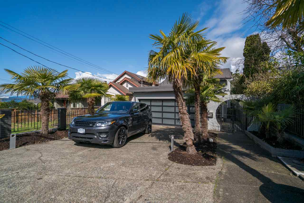 2485 WALL Hastings East, Vancouver (R2269431)