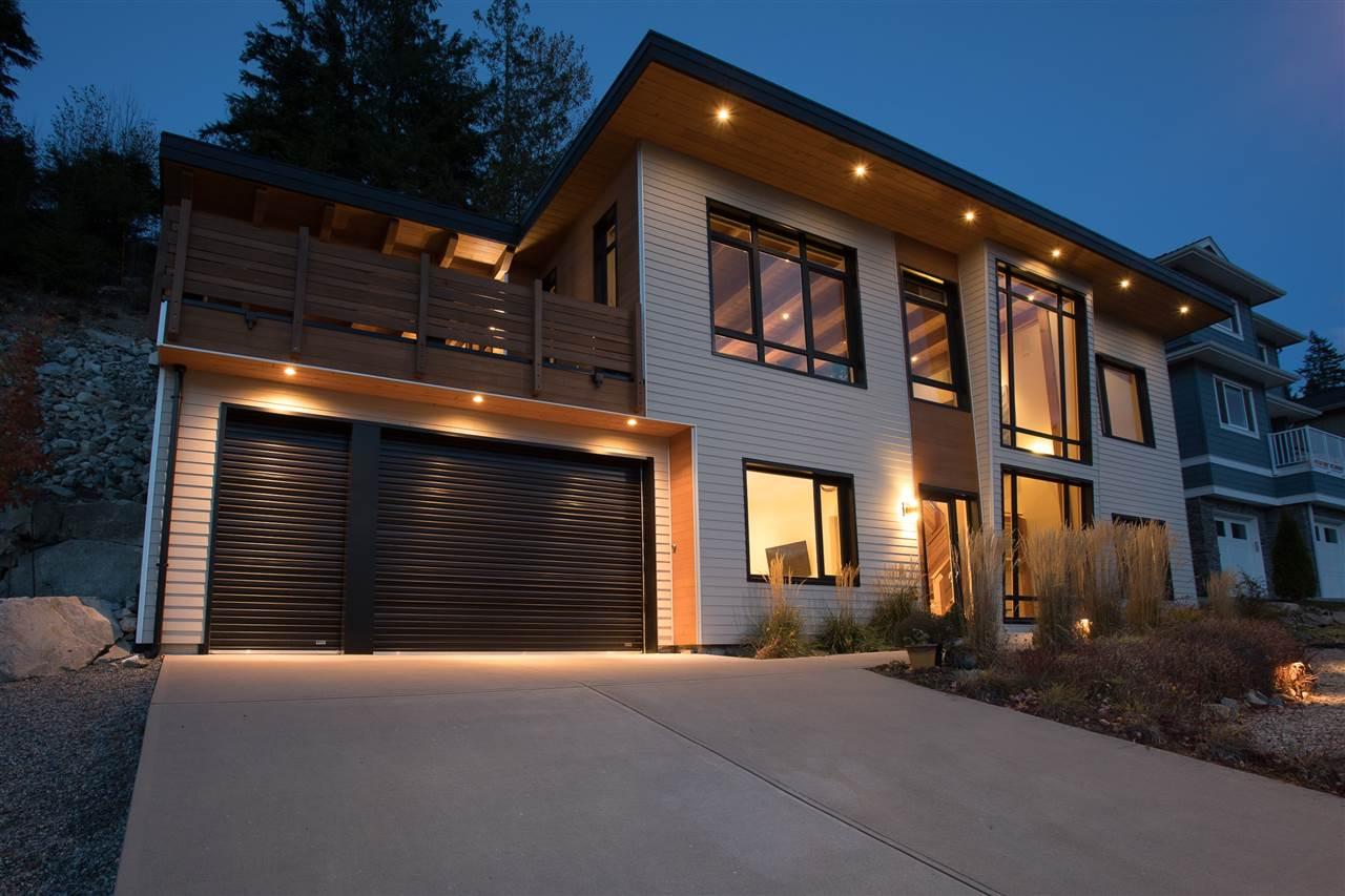 41160 ROCKRIDGE Tantalus, Squamish (R2270071)