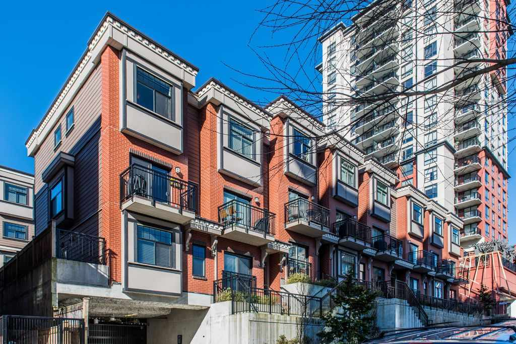 213 828 ROYAL AVENUE, New Westminster