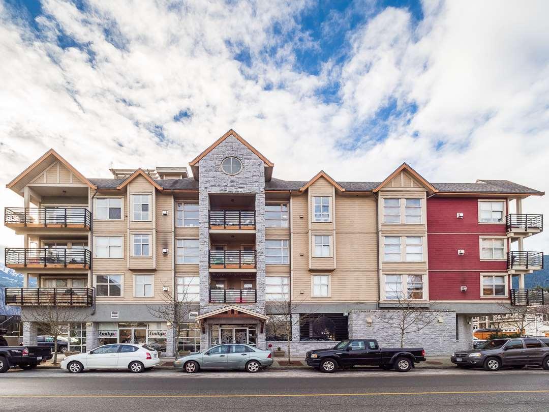 404 1310 VICTORIA STREET, Squamish
