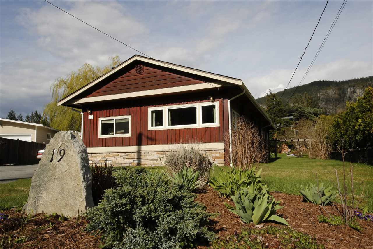 19 BRACKEN PARKWAY, Squamish
