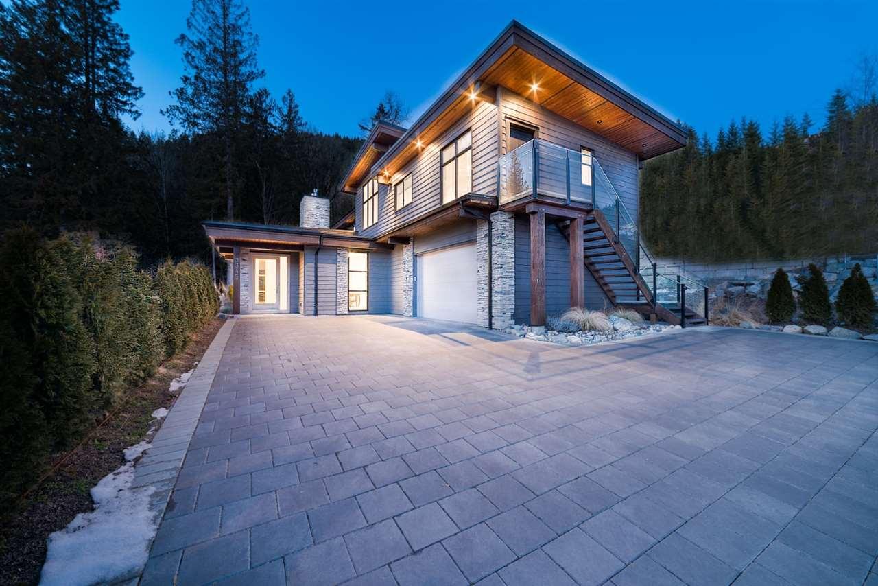 3345 DESCARTES PLACE, Squamish