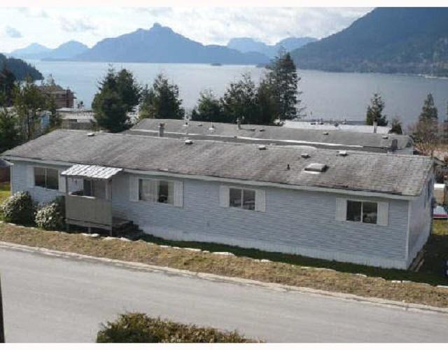 727 UPPER CRESCENT, Squamish