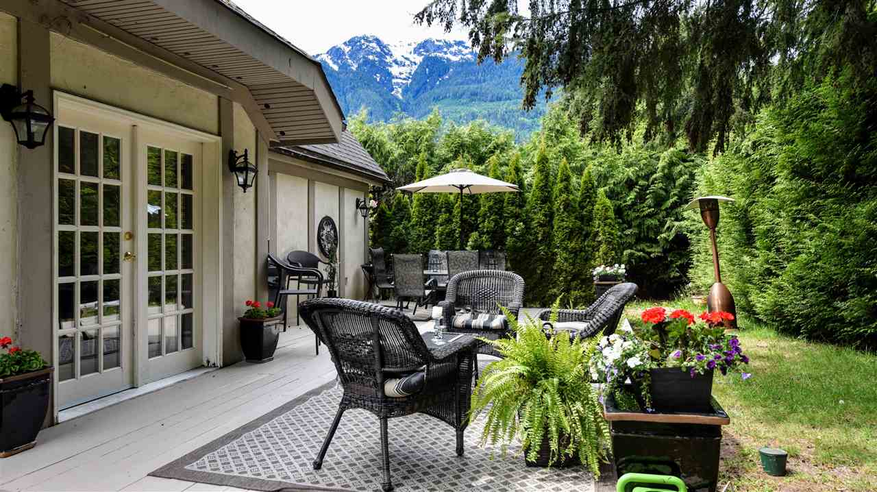 1159 AXEN ROAD, Squamish