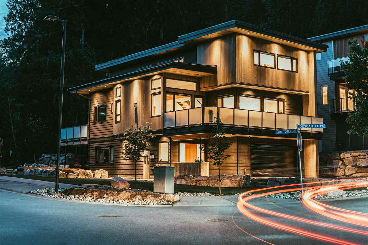 3305 DESCARTES PLACE, Squamish