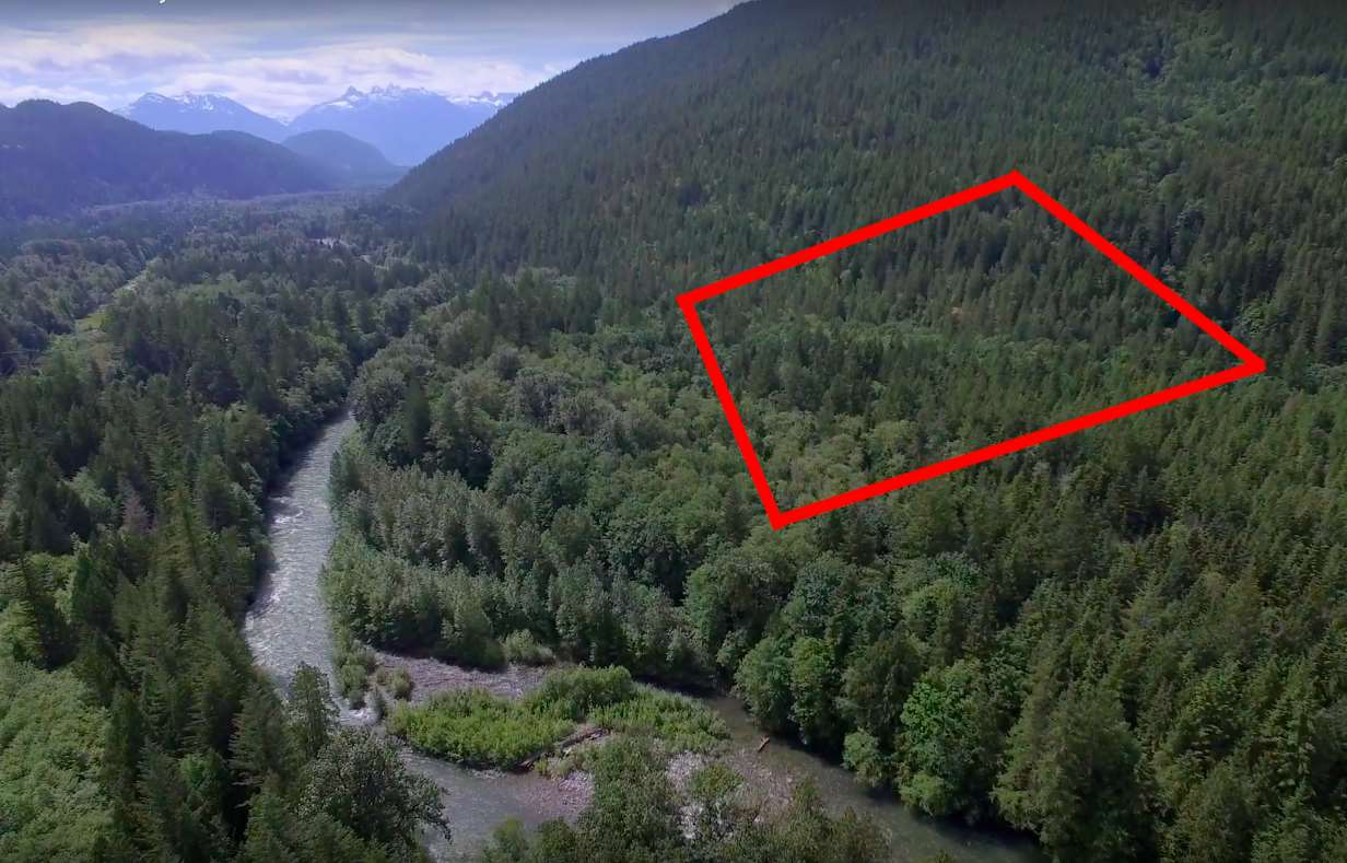 22 ACRES IN PARADISE VALLEY, Squamish