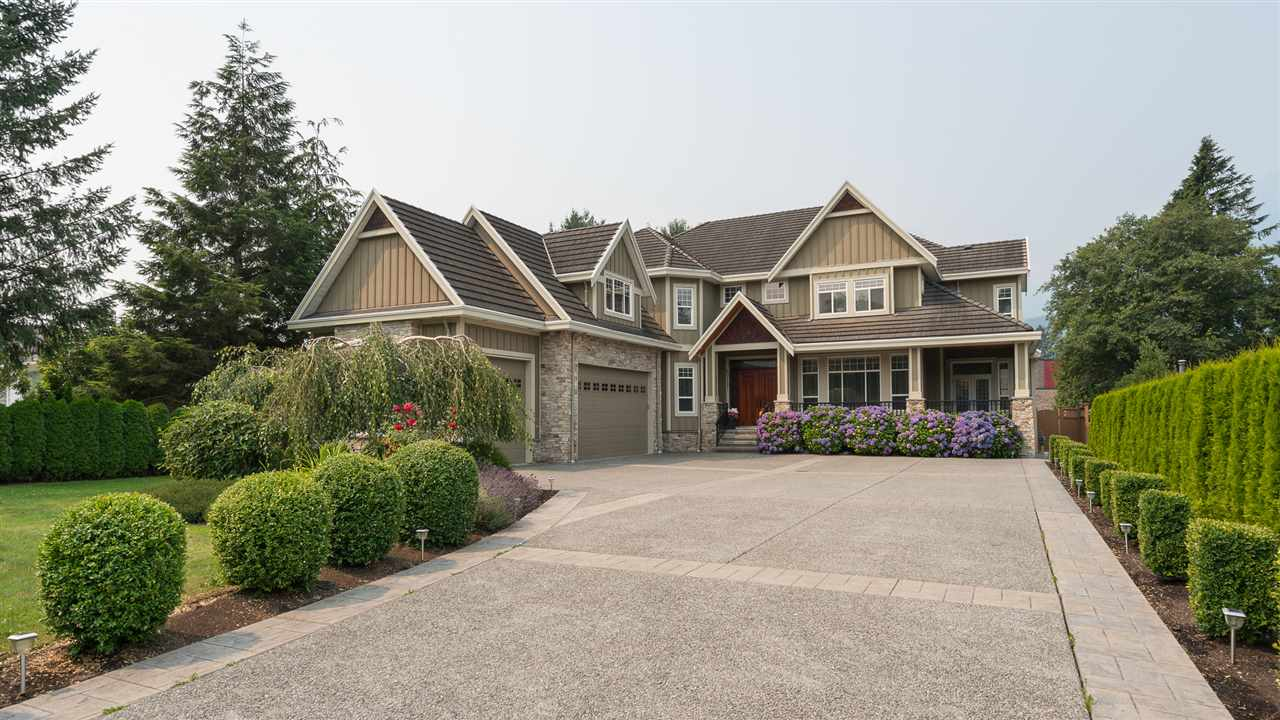 40197 DIAMOND HEAD ROAD, Squamish