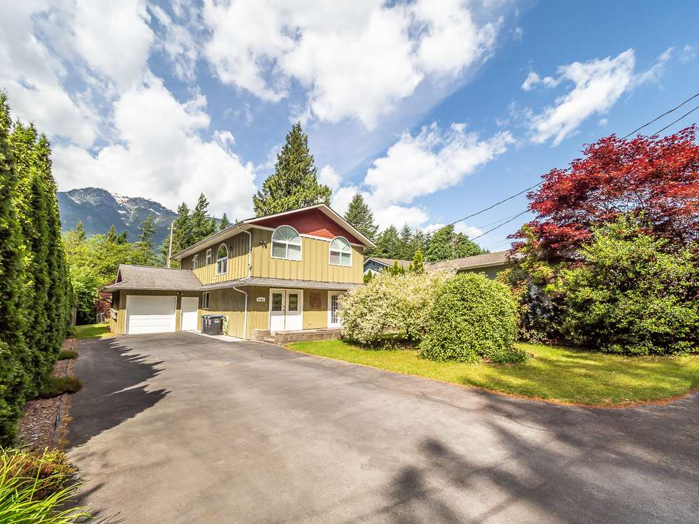 41681 FINN ROAD, Squamish