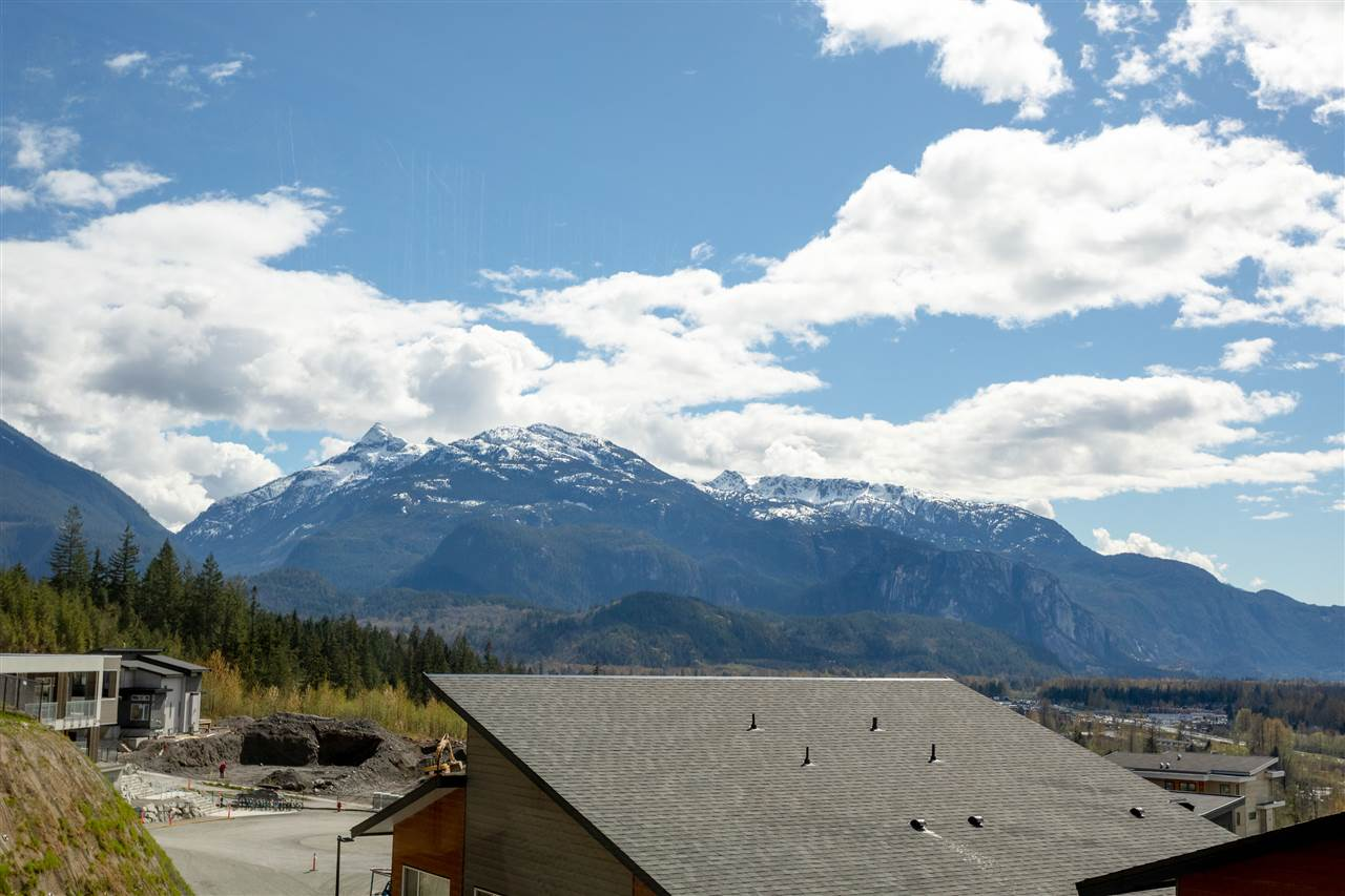 1 41301 SKYRIDGE PLACE, Squamish