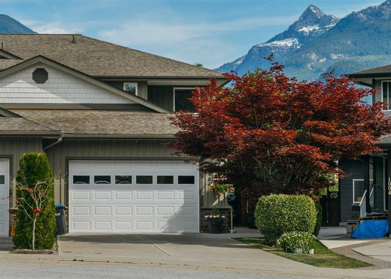 1006 TANTALUS PLACE, Squamish